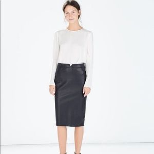 Zara Basic Navy Faux Leather Pencil Skirt Small
